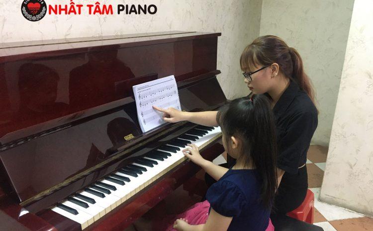 7 lợi ích học piano cho bé từ 5 tuổi trở lên