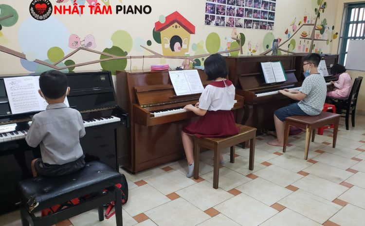 Bảng Giá Học Piano Cho Bé